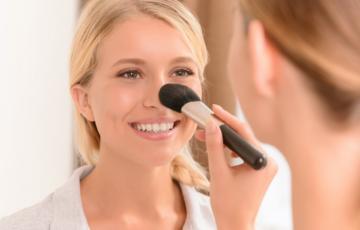 make-up hacks acné